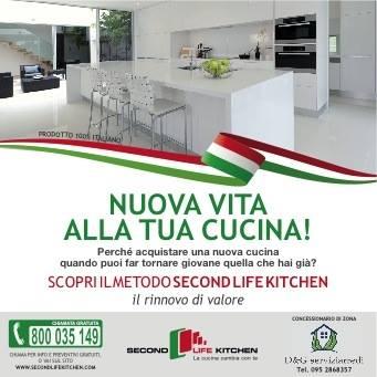 Perché acquistare una nuova cucina quando puoi far tornare giovane quella che hai già?